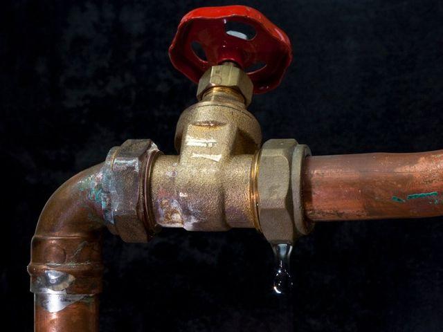 Leak Water Pipe Enmore